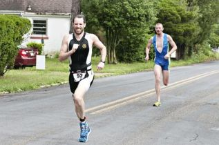 Running Eric Schrading and Matt Strabuk and Brendan Lyman